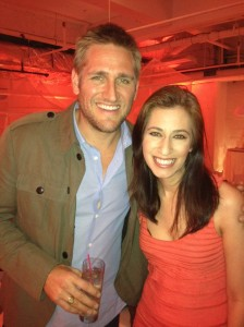 With the very cute Curtis Stone!
